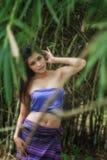Alte thailändische Frau im traditionellen Kostüm von Thailand Stockfotografie