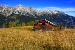 Alte Tiroler Alpe Stockfoto