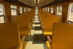 Alte Tradition Blockwagen-dritte Klassen-Wagenzug Stockfotografie
