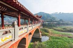 Alte traditionelle Brücke Leshans - Chengdus - Zhuoying Lizenzfreies Stockbild