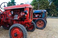 Alte Traktoren Stockfotos