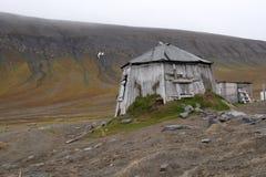 Alte Trappers-Hütte stockbild