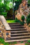 Alte Treppe Lizenzfreie Stockbilder