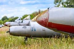 Alte tschechoslowakische Aero L-29 Delfin Maya Militärjet-Trainerflugzeuge Lizenzfreie Stockfotos