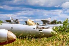 Alte tschechoslowakische Aero L-29 Delfin Maya Militärjet-Trainerflugzeuge Lizenzfreie Stockbilder