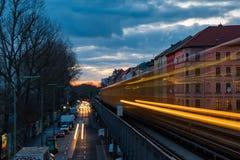 Alte U-Bahn in der Belichtung der langen Zeit Lizenzfreies Stockfoto