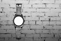 Alte Uhr auf der Wand, Innengegenstand Stockbild
