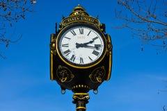 Alte Uhr bei Union Square Piaţa Unirii Stockfotografie