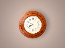 Alte Uhr der Weinlese mit dem Zeigen von preicse Zeit Stockfoto
