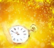 Alte Uhr mit Sternen Stockbilder
