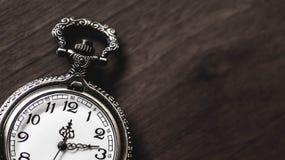 Alte und antike Taschenuhr Stockfotografie