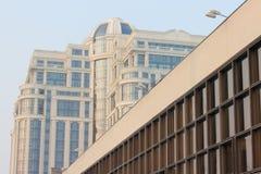 Alte und moderne Architektur Lizenzfreies Stockbild