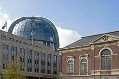 Alte und moderne Architektur, Stadt Leeuwarden Stockfotos