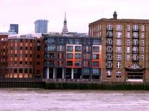 Alte und moderne Gebäude Stockfotografie