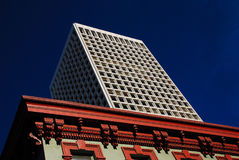 Alte und neue Architektur Lizenzfreies Stockfoto