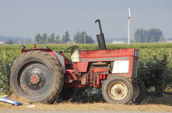 Alte und neue Bauernhof-Technologie Lizenzfreies Stockbild