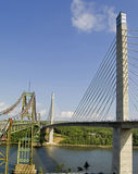 Alte und neue Brücken Lizenzfreie Stockbilder