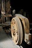 Alte und rostige Tramräder lizenzfreie stockfotografie