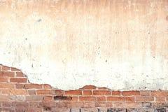 Alte und rustikale Backsteinmauerbeschaffenheit und -hintergrund Stockbild