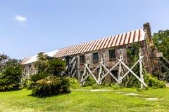 Alte verderbliche historische Hütte an einem Bauernhof in South Carolina Lizenzfreies Stockbild