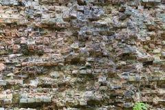 Alte verfallene Backsteinmauer Stockfoto