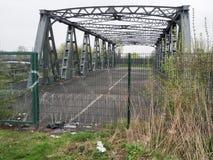 Alte verlassene Brücke Stockfotos