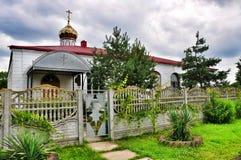 Alte verlassene Dorf Kirche Lizenzfreie Stockfotos