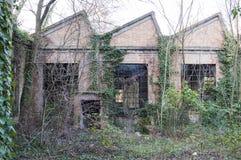 alte verlassene Fabrik Stockfotos