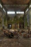 Alte verlassene große Halle Lizenzfreie Stockfotografie