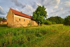 Alte verlassene Mühle Stockbilder
