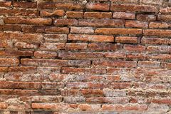Alte verwitterte Backsteinmauer Stockfotos