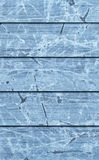 Alte verwitterte gebrochene flockige blaue hölzerne lamellierte Block-Brett Platten-Schmutz-Beschaffenheit Stockbild