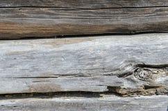 Alte verwitterte natürliches Blockhaus gealterte Wand-Fassaden-Fragment-Beschaffenheit Lizenzfreie Stockfotografie