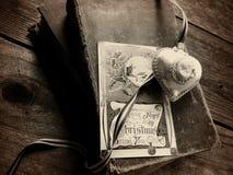 Alte Verzierungs- und Weinlese Weihnachtskarte Stockbilder