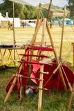 Alte Waffenwiedergabe für keltisches Festival in Montelago Italien Stockfoto