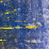 Alte Wand der blauen abstrakten Beschaffenheit mit Sprüngen auf Lizenzfreie Stockbilder