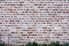 Alte Wand des roten Backsteins 2 Lizenzfreie Stockfotografie