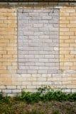 Alte Wand mit bricked herauf Fenster Lizenzfreie Stockfotos