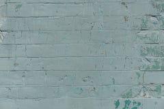 Alte Wand mit gemaltem und schäbigem ungleichem Gips Gebrochener Backsteinmauer-Hintergrund Weinlese-Maurerarbeit-Struktur mit ab Lizenzfreie Stockbilder
