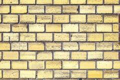 Alte Wand mit Ziegelsteinen Stockbild