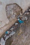 Alte Wand Scrached mit einem Loch stockfotografie