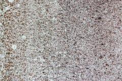 Alte weiß-gemalte Wand mit Form befleckt als abstrakter Hintergrund Lizenzfreie Stockfotos