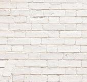 Alte weiße Backsteinmauern der historischen Häuser Stockfotos