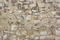 Alte weiße Steinwand-Hintergrund-Beschaffenheit Stockfoto