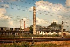 Alte Weinlesefabrik - Industrielandschaft Lizenzfreie Stockfotografie