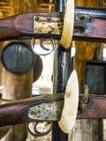 Alte Weinlesewaffe Gewehre an lizenzfreie stockfotos