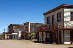 Alte wilde Westfilmbühne im Mescal, Arizona stockfotografie