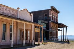 Alte wilde Westfilmbühne im Mescal, Arizona stockbilder