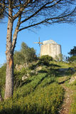 Alte Windmühle. Obidos. Portugal lizenzfreies stockbild