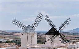 Alte Windmühlen in Campo de Criptana Kastilien-La Mancha spanien stockfotografie